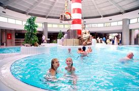 Subtropical swimming pool holiday park Zilverstrand